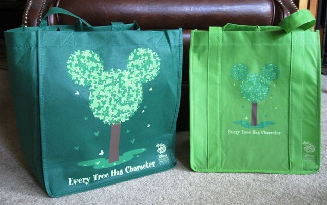 My Disney Mania: The Battle of the Disney Reusable Shopping Bags