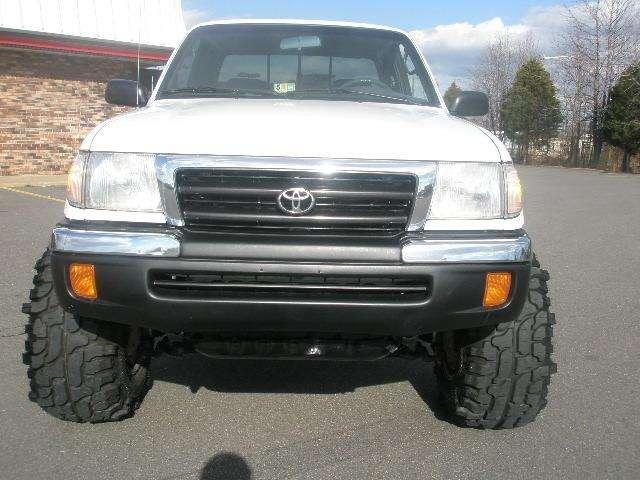 1998 Toyota Tacoma 2wd 1998 Toyota Tacoma 4x4 Lifted